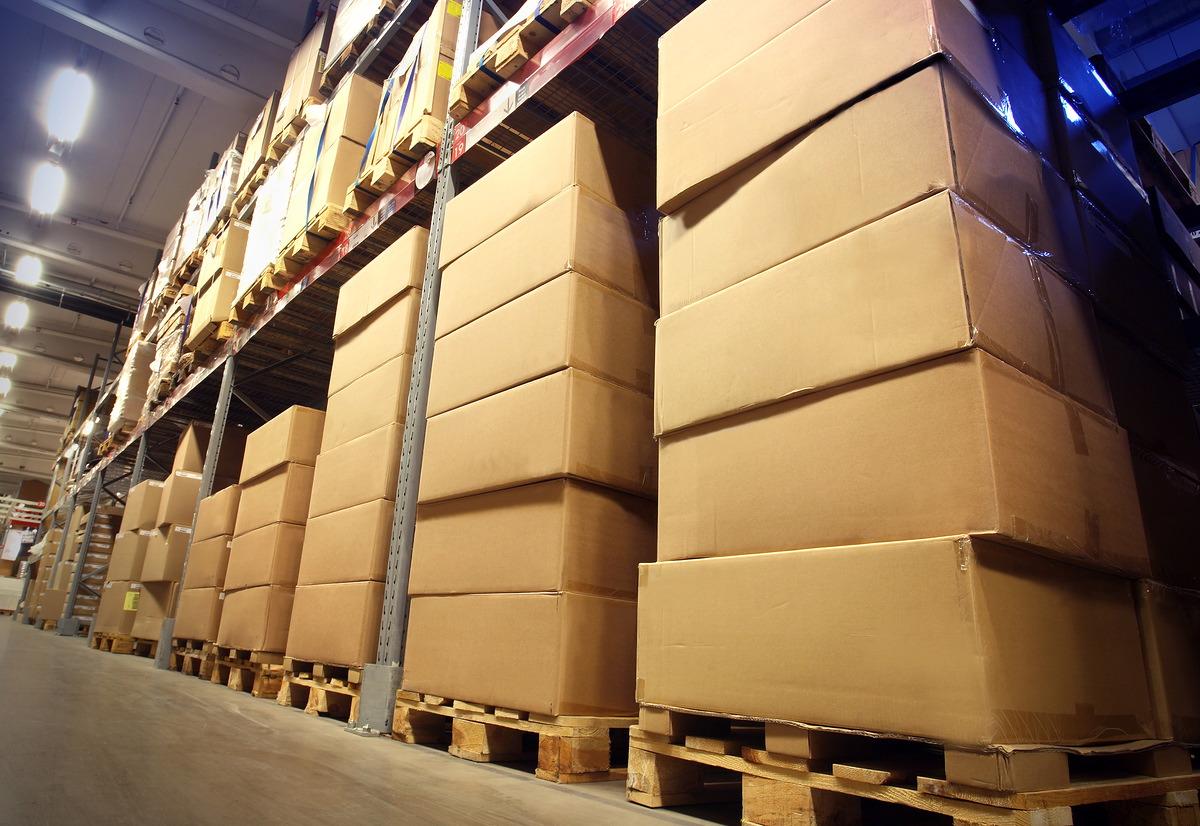 Opslag-en-overslag-van-goederen-Spoedkoerier-Westland-is-uw-partner